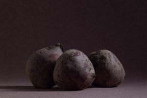 drie bieten, foto van Yola de Lusenet